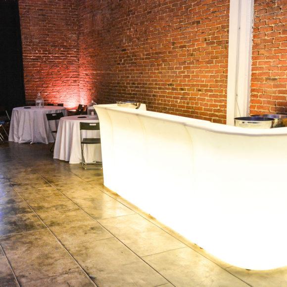 Eventi arca studios docks dora feste private cene apericena cena sala rossa industriale catering teatro di posa ballo cocktail food