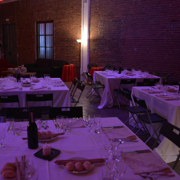 ARCA STUDIOS DOCKS DORA TORINO CENA DINNER DEGUSTAZIONE FESTA PRIVATA COMPLEANNO INDUSTRIALE SOFT LIGHT CATERING