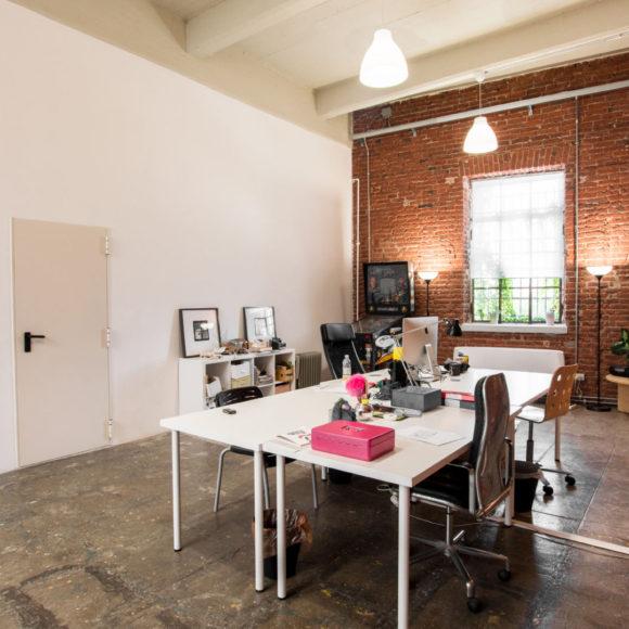 arca studios coworking open space docks dora ufficio ampio collettivo torino