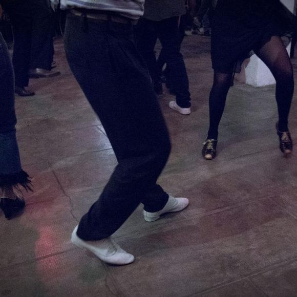 Arca Studios docks dora studio b coworking ufficio industriale torino teatro workshop corsi sala cinema limbo fotografia feel good swing ballo teatro della caduta teatro di posa noleggio tango milonga gianluca riti porteno ballo industriale musica danza sensoriale